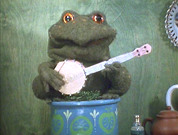 "Gabriel the toad in SmallFilms' ""Bagpuss"""